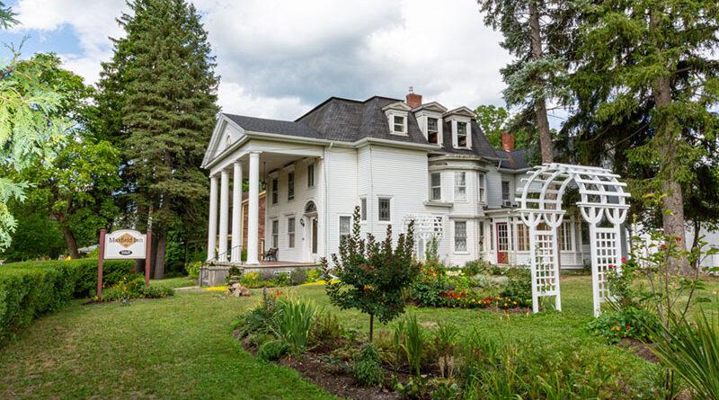 Maxfield Inn garden